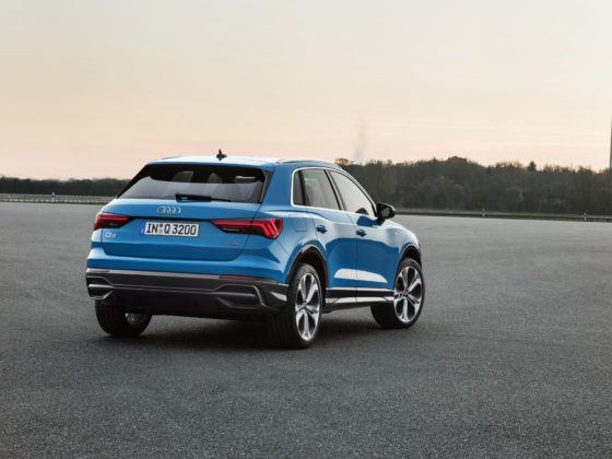 Audi Q3 (tył)