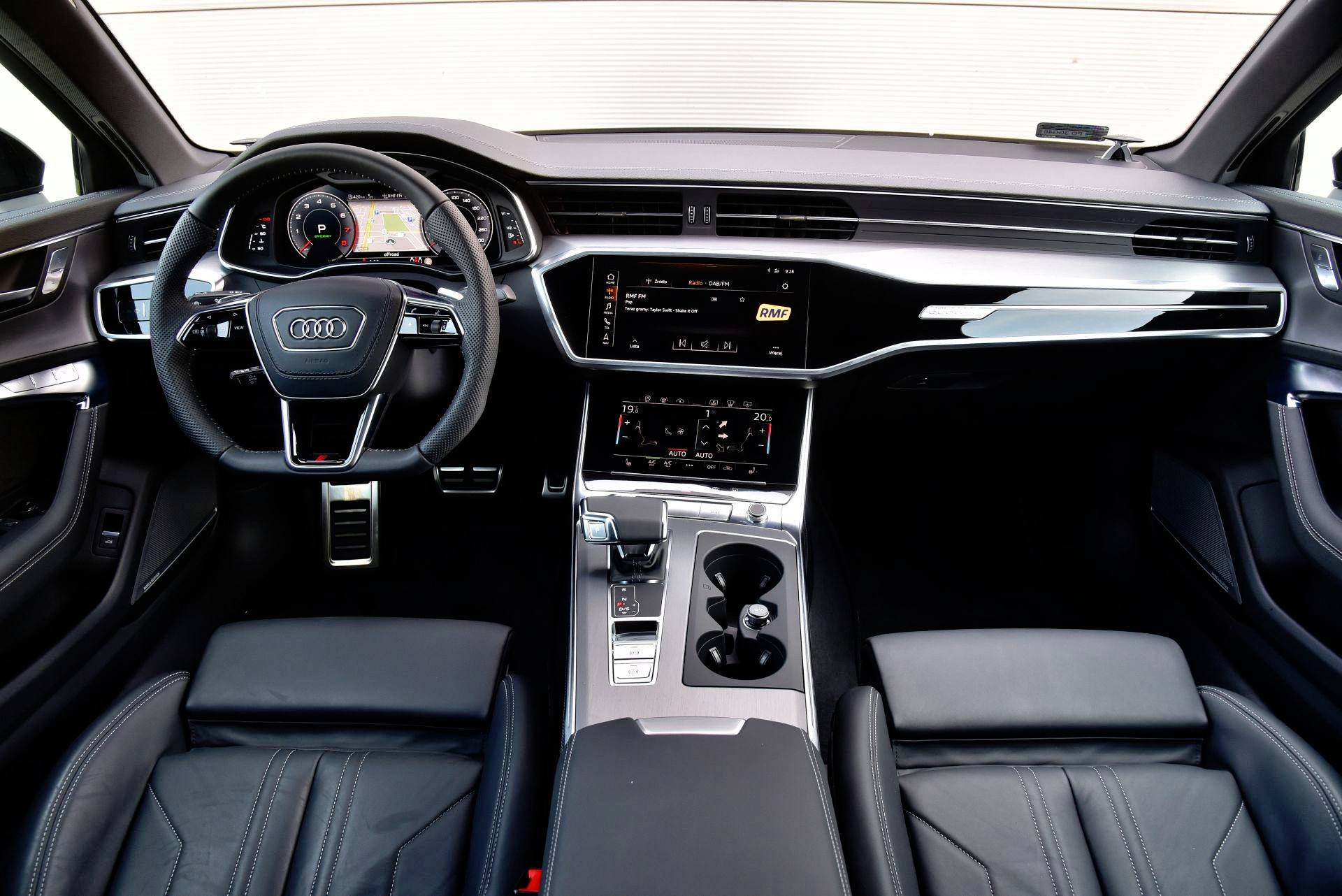 Audi A6 - deska rozdzielcza