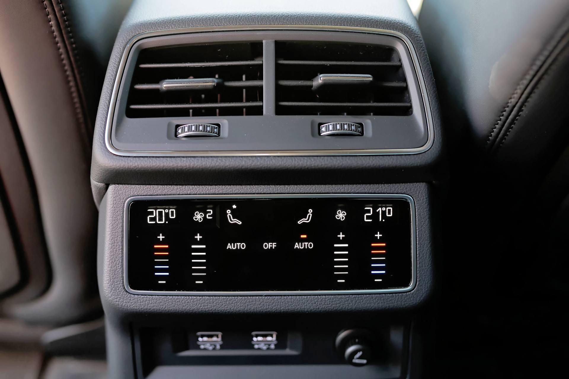 Audi A6 - klimatyzacja tył