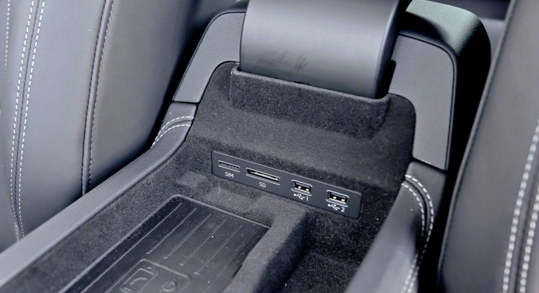 Audi A6 - podłokietnik