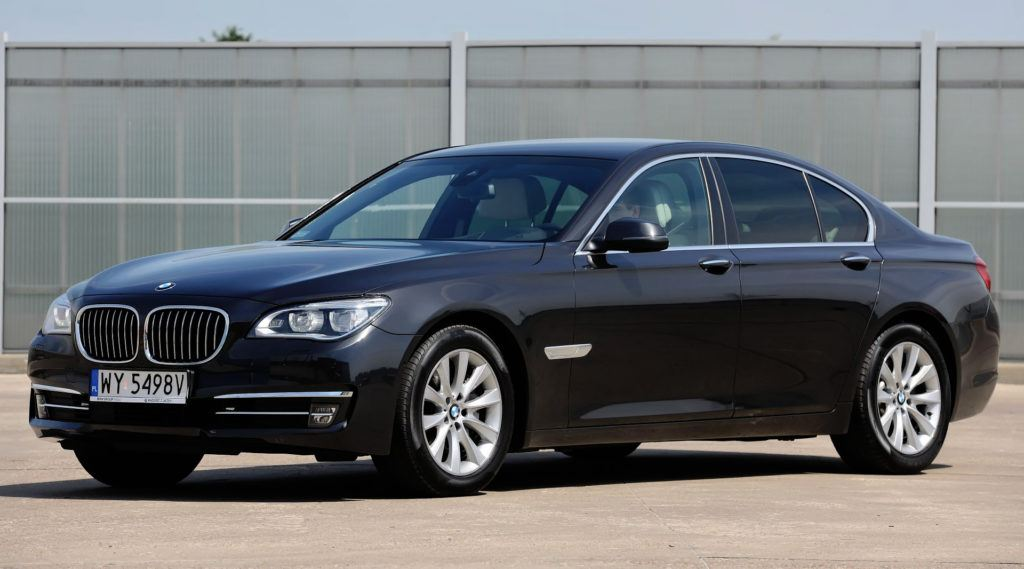 BMW 4.4 V8 - BMW serii 7