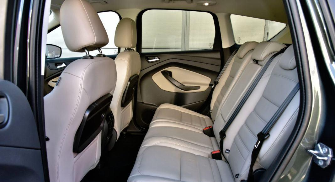 Ford Kuga - tylna kanapa