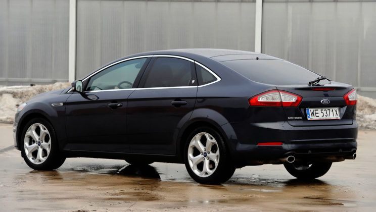 Ford Mondeo IV - tył