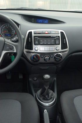 Hyundai i20 - konsola środkowa
