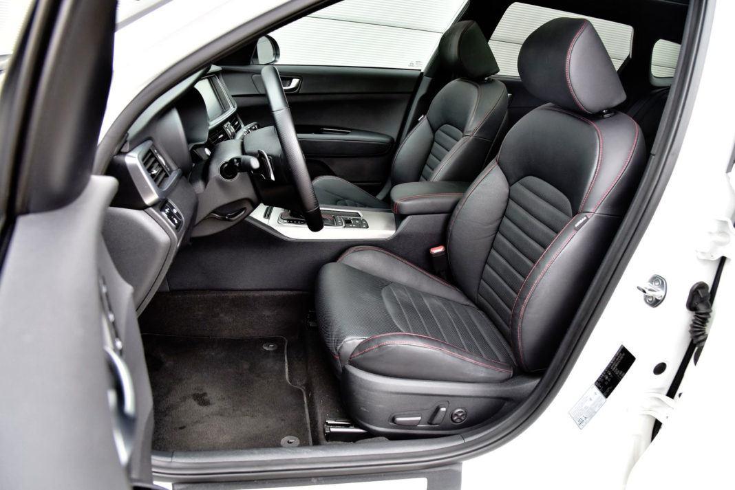 Kia Optima - fotel kierowcy