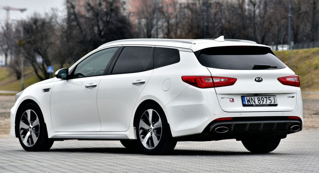 Kia Optima - tył