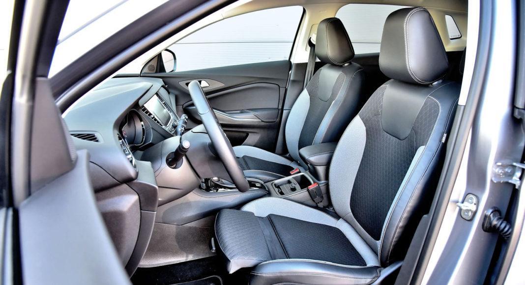 Opel Grandland X - fotel kierowcy