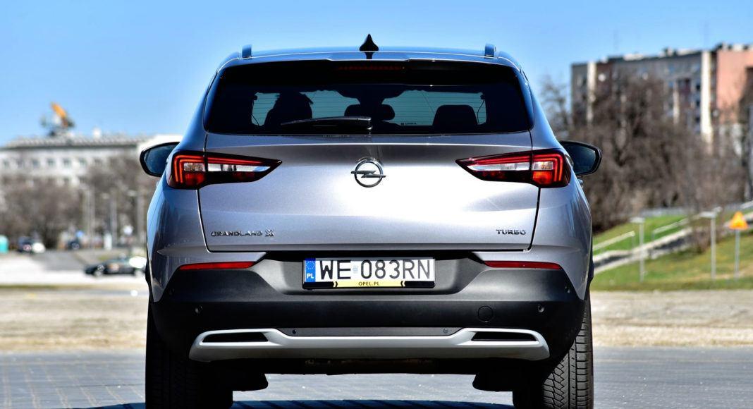 Opel Grandland X - tył