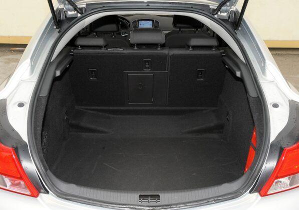 Opel Insignia A bagażnik (4)