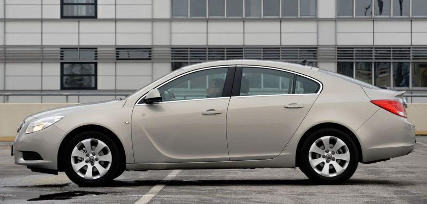 Opel Insignia - liftback