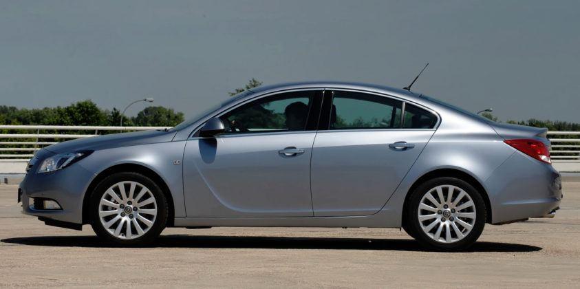 Opel Insignia - sedan