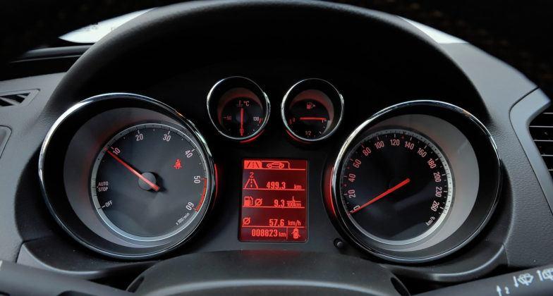 Opel Insignia - stare zegary