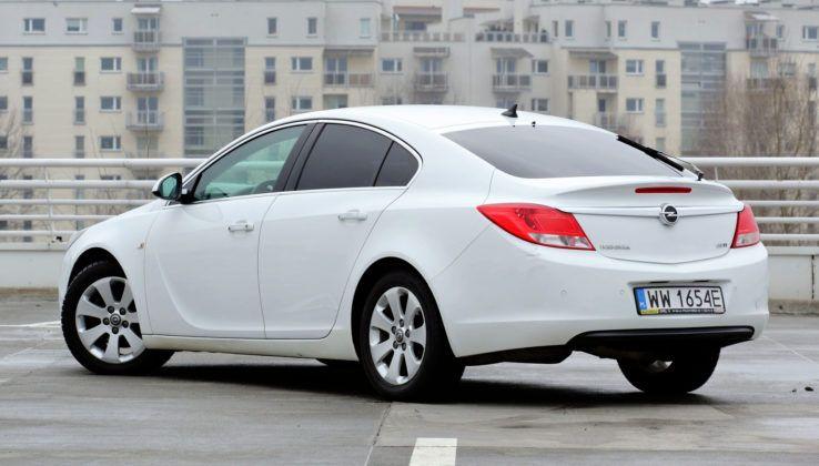 Opel Insignia - tył