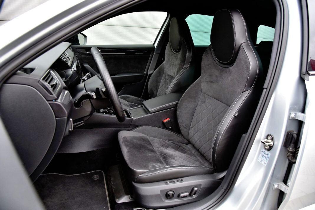 Skoda Superb - fotel kierowcy