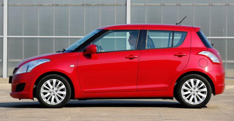 Suzuki Swift V - bok