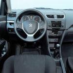 Suzuki Swift V - deska rozdzielcza
