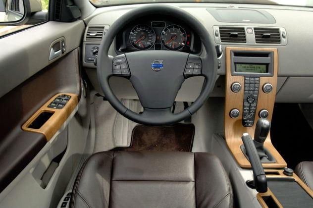 Używane Volvo V50 opinie - wnętrze