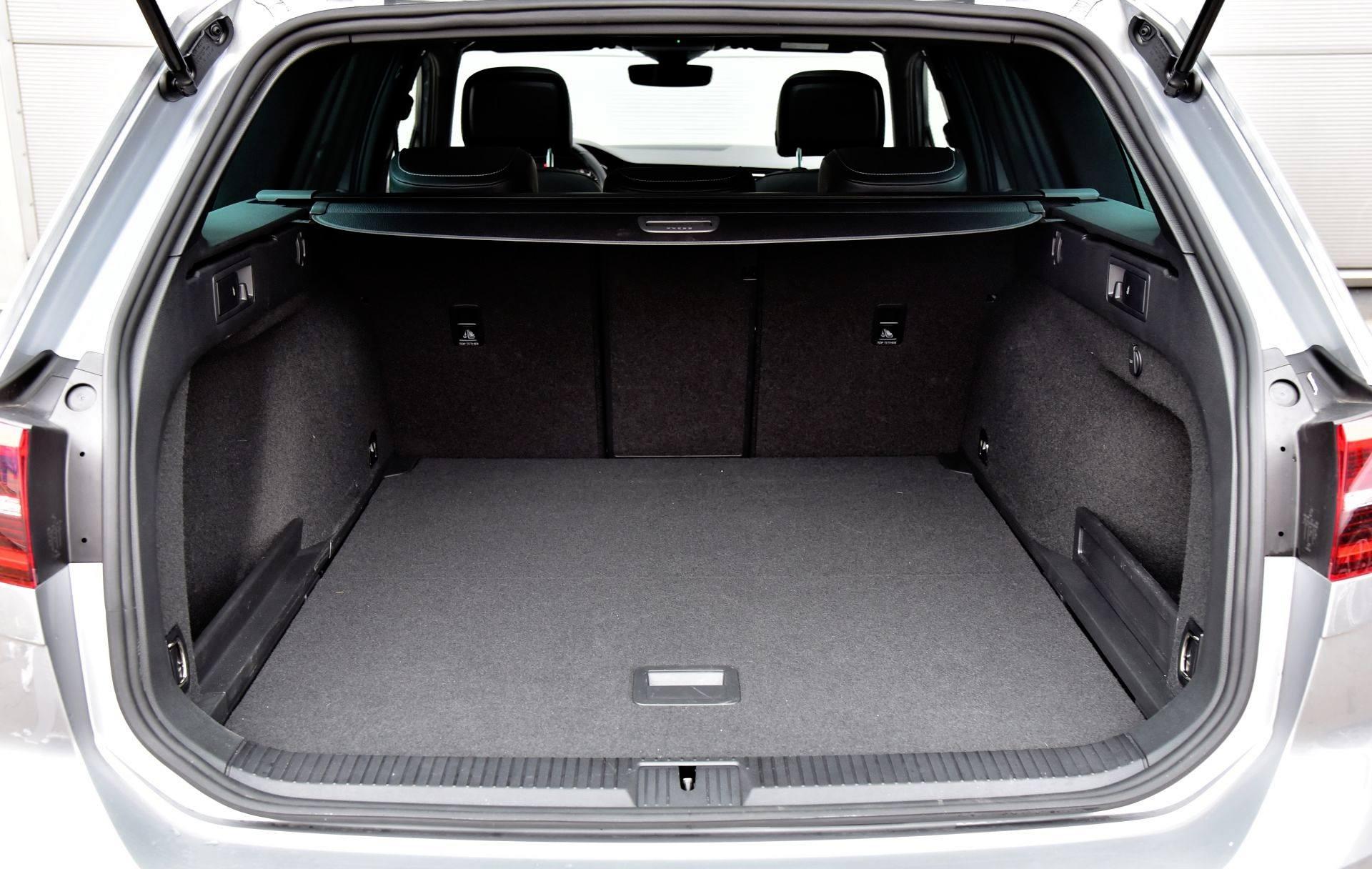 Volkswagen Passat - bagażnik