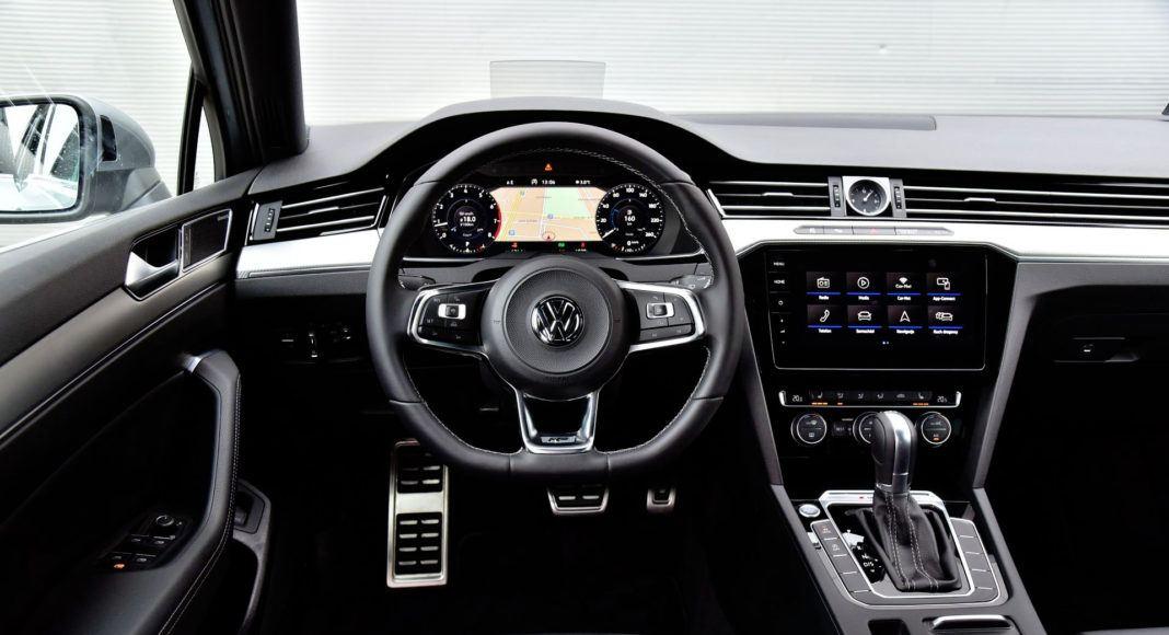 Volkswagen Passat - deska rozdzielcza