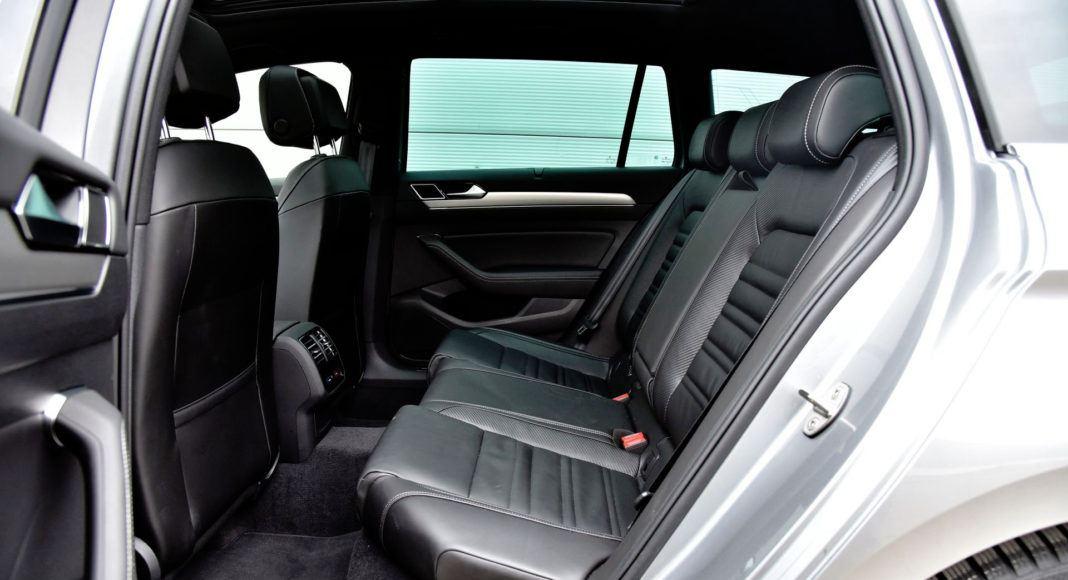 Volkswagen Passat - tylna kanapa