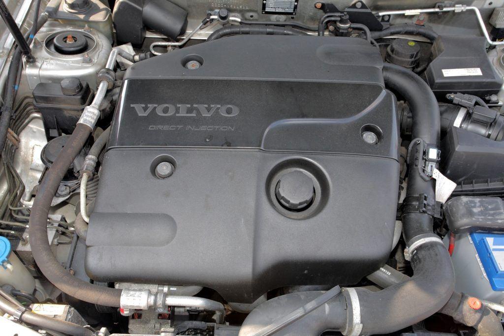 Volvo Mitsubishi 1.9 D