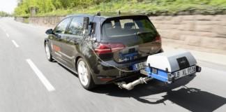 Pomiar zużycia paliwa samochodu z silnikiem Diesla i nową techniką oczyszczania spalin Bosch