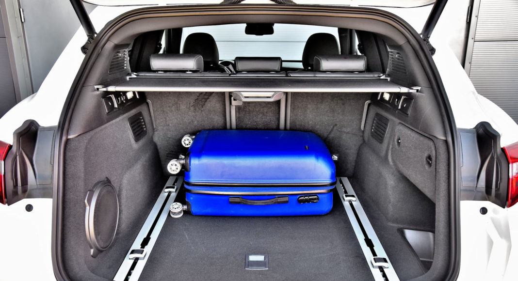 Alfa Romeo Stelvio Quadrifoglio - bagażnik