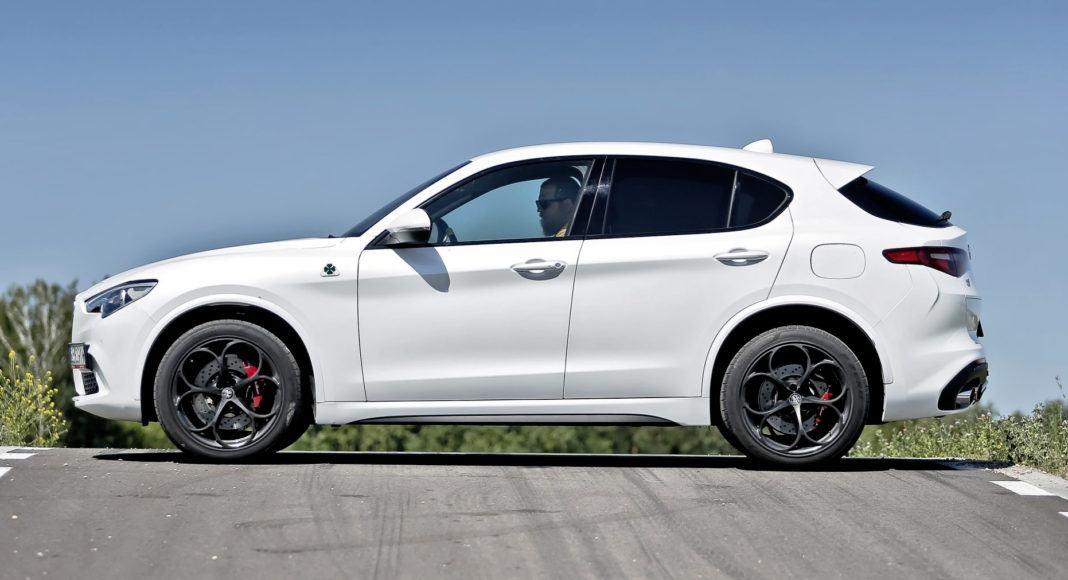 Alfa Romeo Stelvio Quadrifoglio - bok