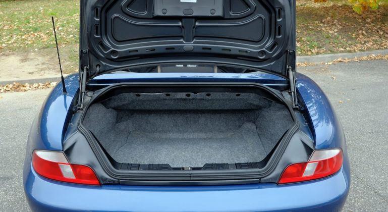 BMW Z3 - bagażnik