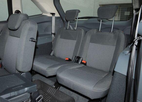 Ford C-Max II trzeci rząd siedzeń