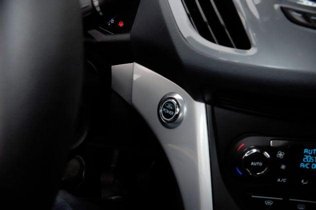 Ford C-Max - przycisk rozruchu