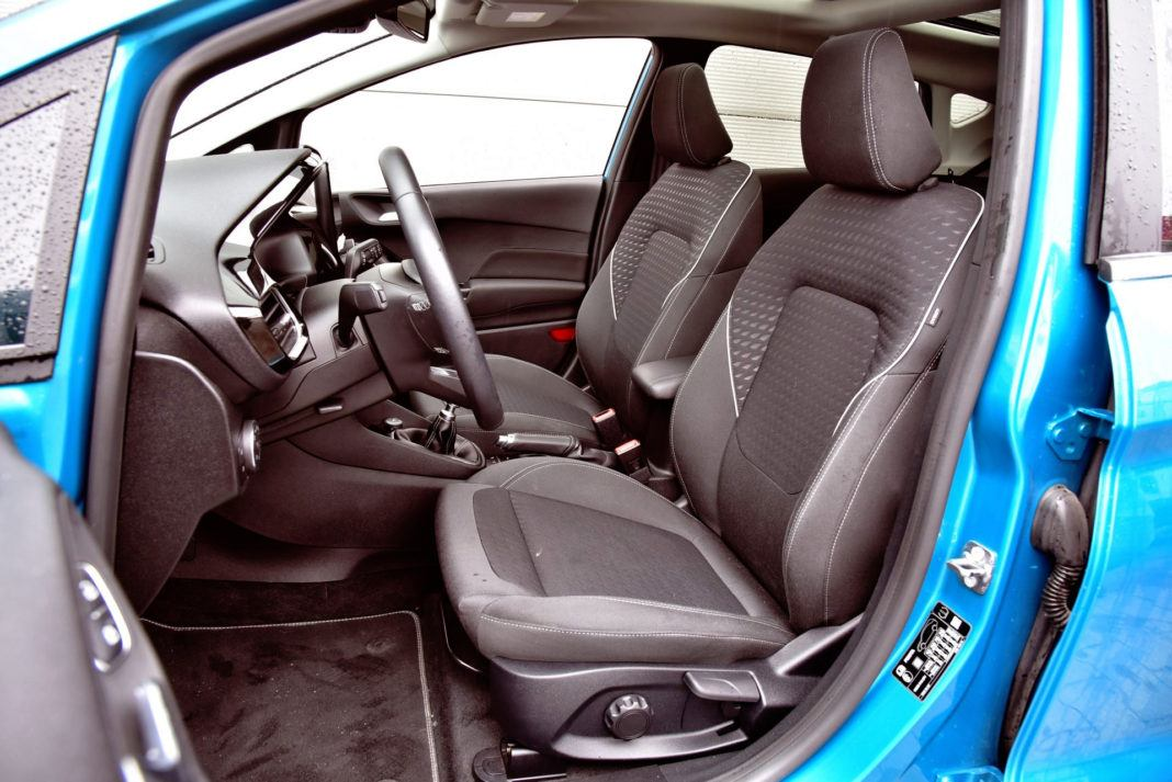 Ford Fiesta - fotel kierowcy
