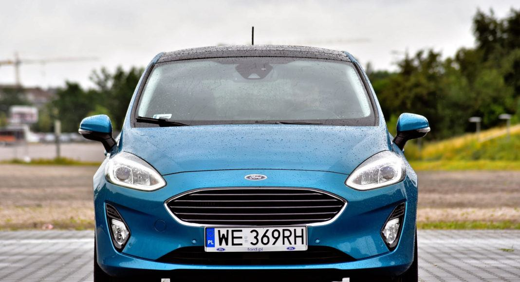 Ford Fiesta - przód