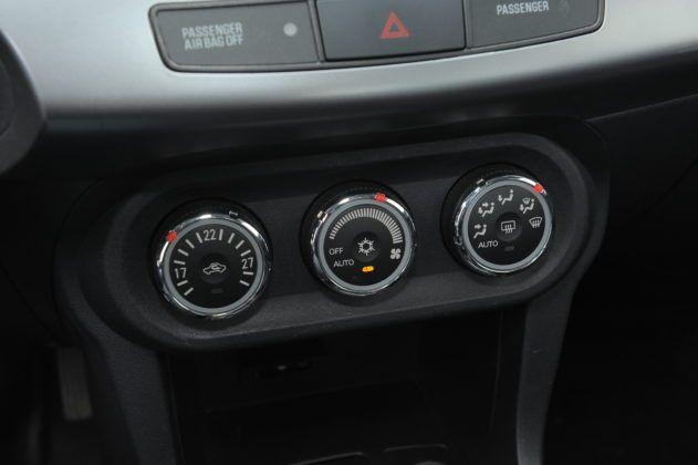 Lancer - panel klimatyzacji