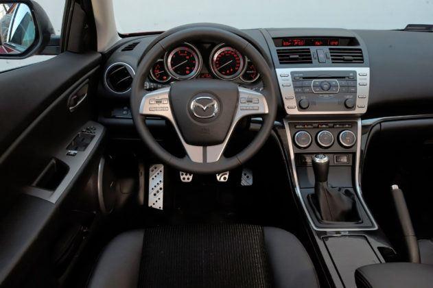 Mazda 6 II (GH) - deska rozdzielcza