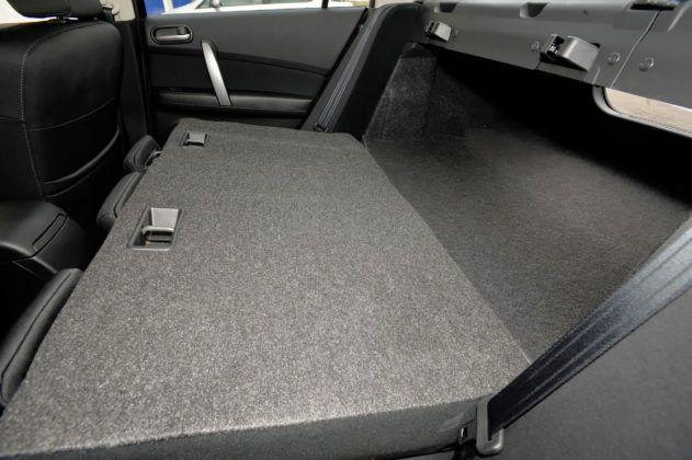 Mazda 6 II (GH) - składana tylna kanapa sedan