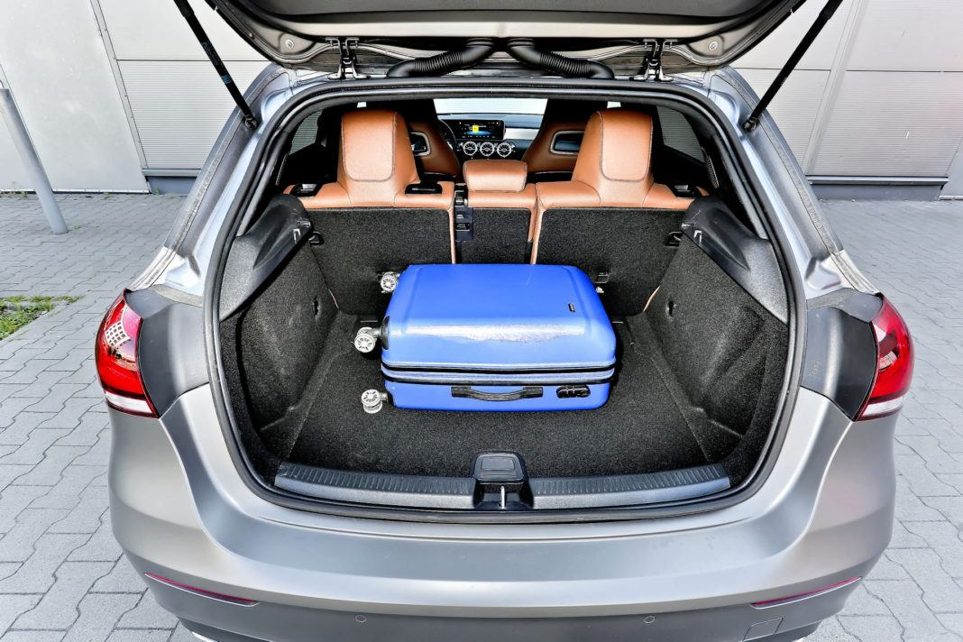 Mercedes A 200 - bagażnik