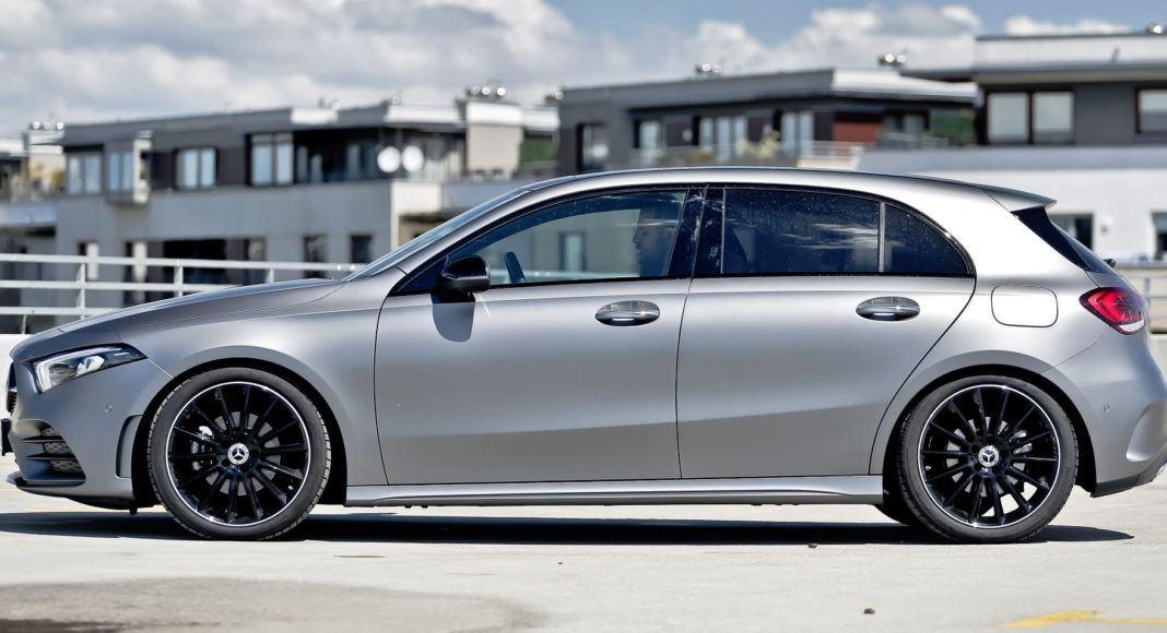 Mercedes A 200 - bok