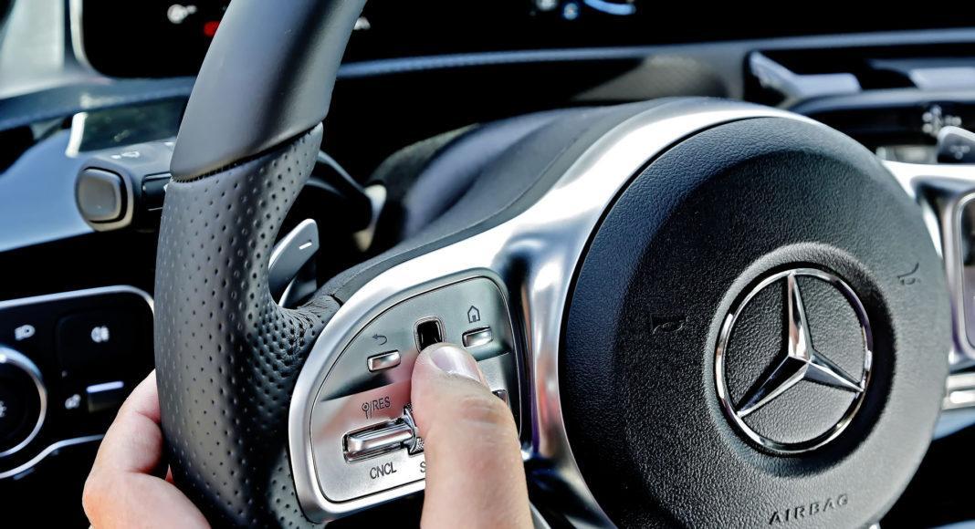 Mercedes A 200 - panele dotykowe