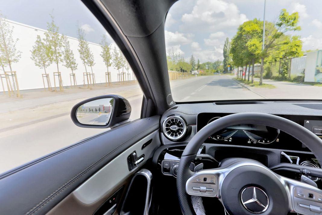 Mercedes A 200 - słupki