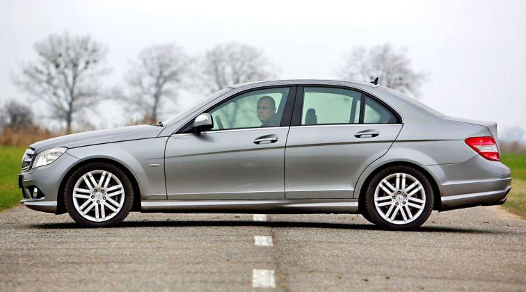 Mercedes Klasy C W204 - sedan