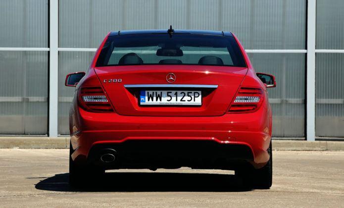 Mercedes Klasy C W204 - tył
