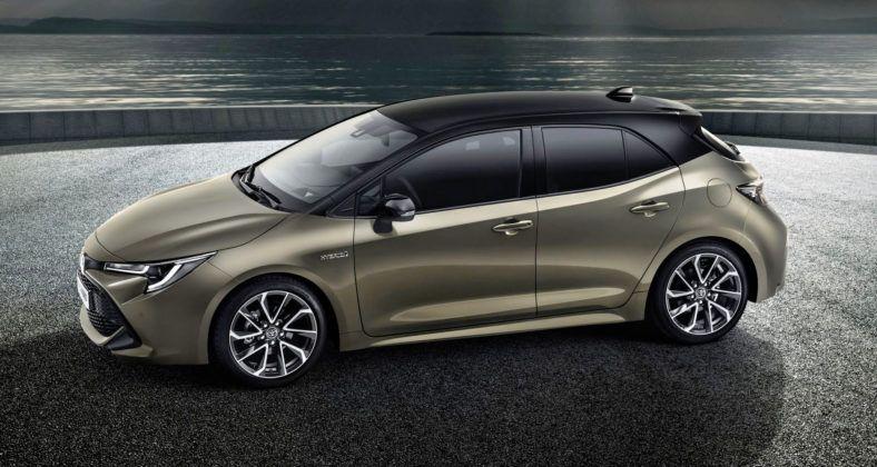Nowa Toyota Corolla - bok
