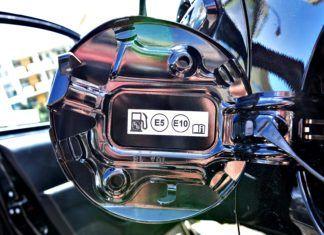 Nowe oznaczenia na stacjach paliw – już w październiku