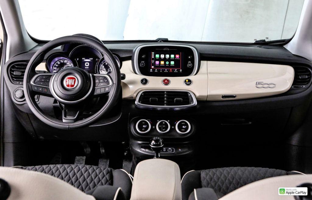 Nowy Fiat 500X - deska rozdzielcza