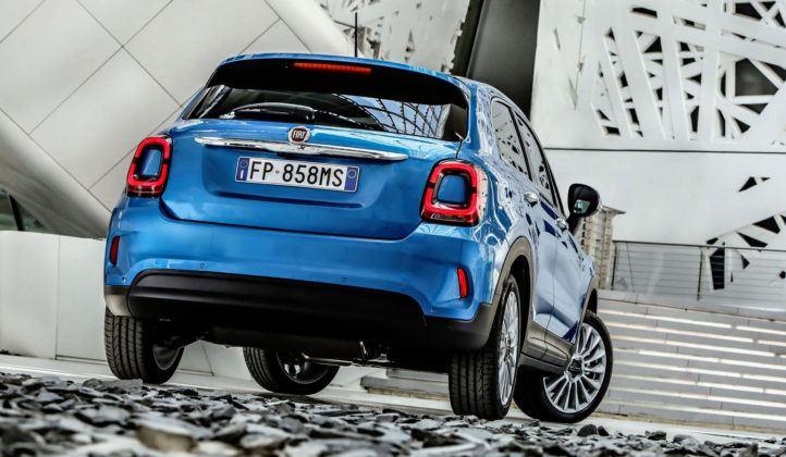 Nowy Fiat 500X - tył