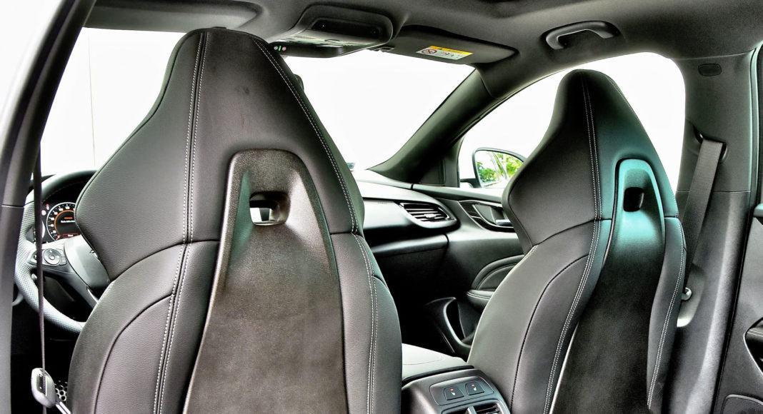 Opel Insignia 2.0 GSi - oparcia foteli