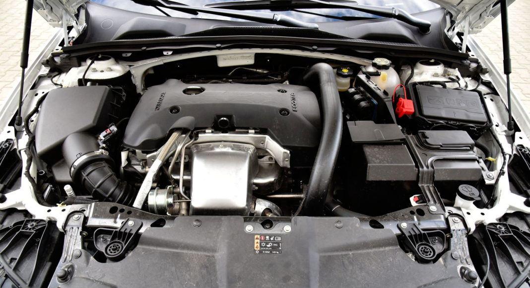 Opel Insignia 2.0 GSi - silnik