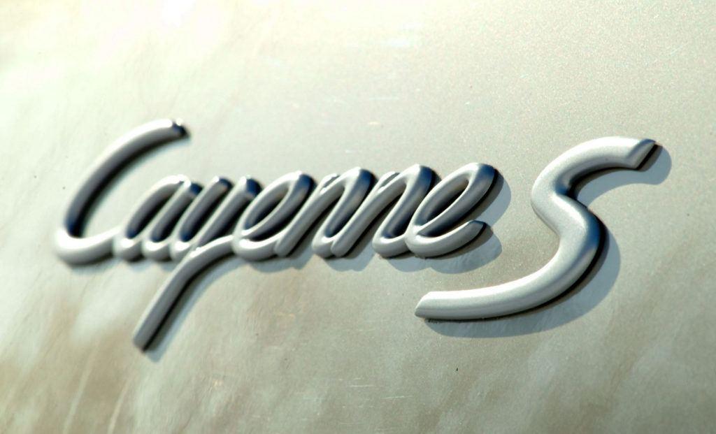 Porsche Cayenne - emblemat