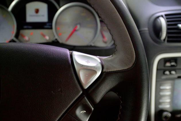 Porsche Cayenne - przycisk Tiptronic